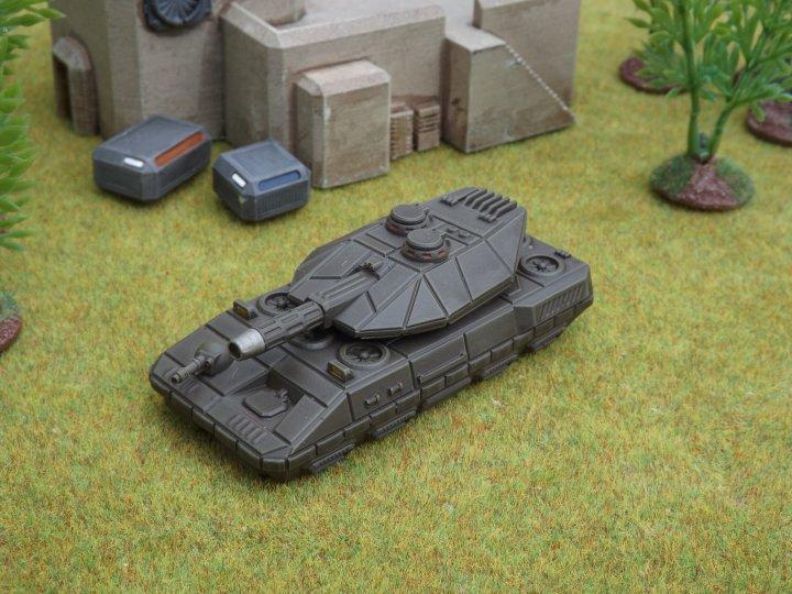 Eisenfaust Laser Tank
